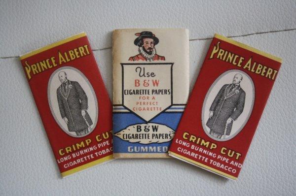 Feuilles à cigarettes ( don de Cedric , blog cedvdh )