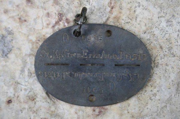 Plaque d'identité allemande WW2 (sortie de grenier )