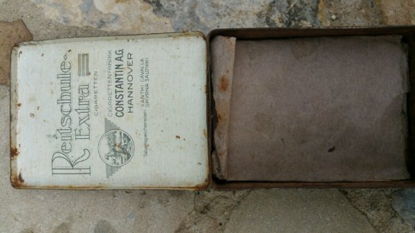Boîte de cigarette Allemande WW1.