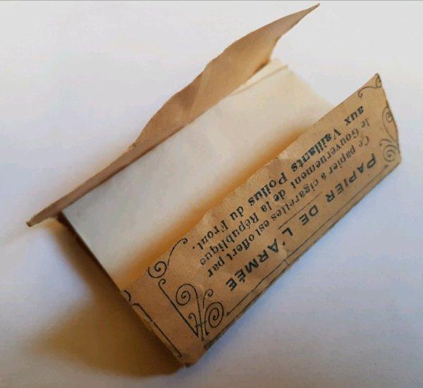 Papier de cigarettes Français WW1 .