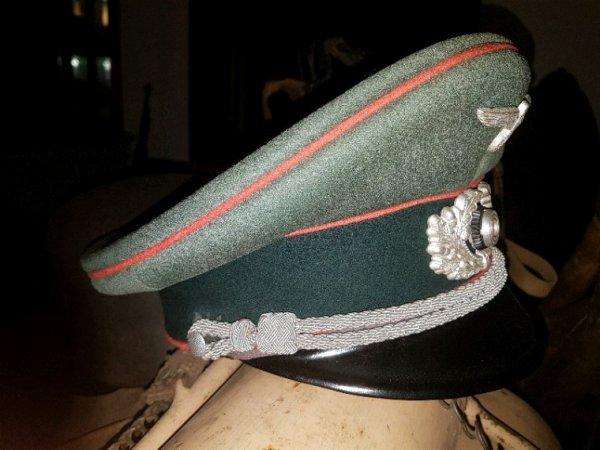 Casquette allemande officier panzer.