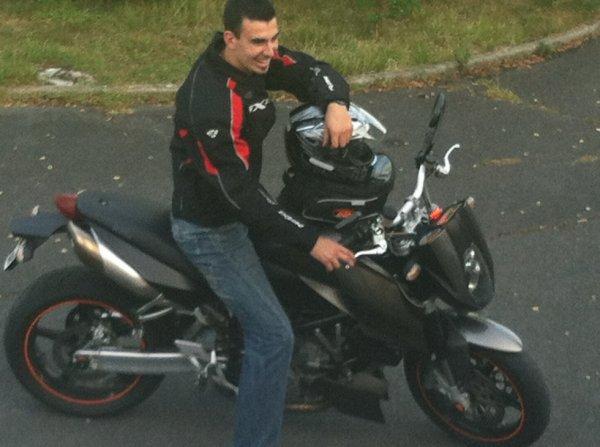 La moto, pas un simple loisir, tout une passion.<3