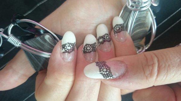 Mes ongles en blanc et noir