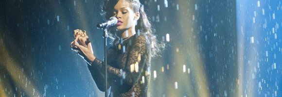 Rihanna performera à la finale de X Factor UK