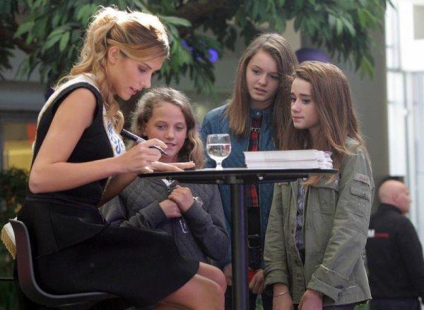 22/10/2015: Camille Cerf/Dédicaces