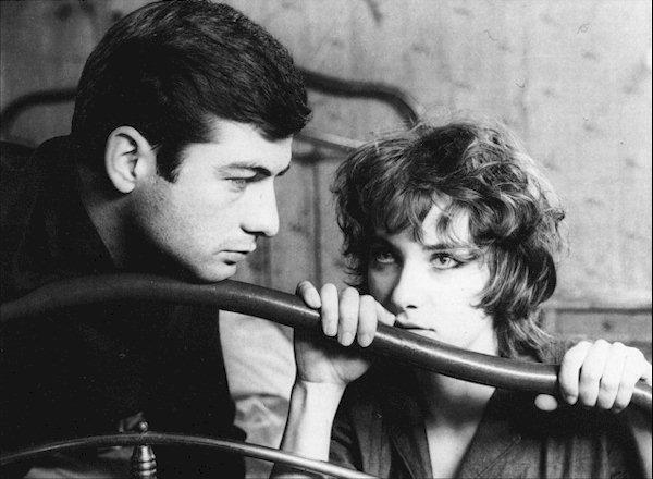 1959: Premiers longs-métrages de Claude Chabrol.
