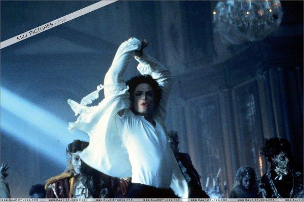 michael jackson dans gohst