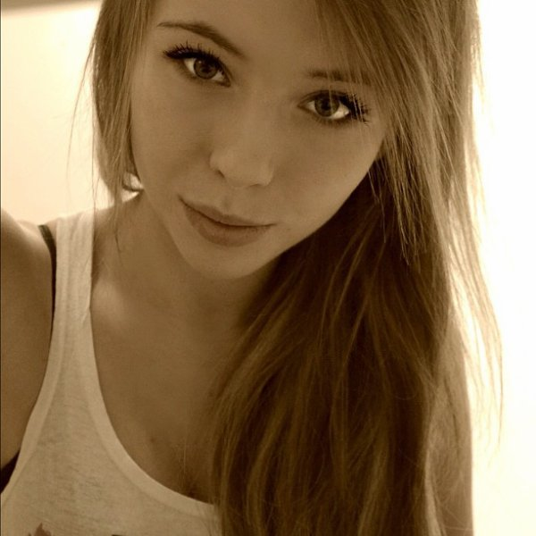Salut c'est Moi c'est Laura !!!!!! :)