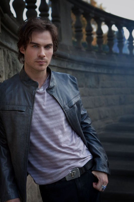 Damon Salvatore (Ian Somerhalder)