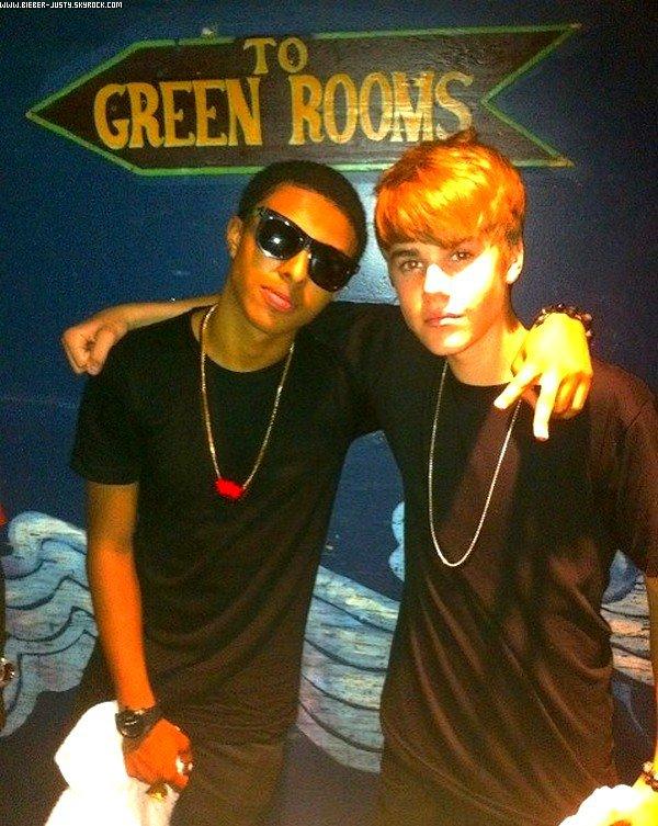¯¯¯¯¯¯¯¯¯¯¯¯¯¯¯¯¯¯¯¯¯¯¯¯¯¯¯¯¯¯¯¯¯¯¯¯¯¯¯¯¯¯¯¯¯¯¯¯¯¯¯¯¯¯¯¯¯¯¯¯¯¯¯¯¯¯¯¯¯¯¯¯¯¯¯¯¯¯¯¯¯¯¯¯¯¯¯¯¯¯¯¯¯¯¯¯¯¯¯¯¯¯¯¯¯¯¯¯¯¯¯¯¯¯¯¯¯¯¯¯¯¯¯¯¯¯¯¯¯¯¯¯¯¯¯¯¯¯¯¯¯¯¯¯¯¯¯¯  11 JUILLET :    Justin a fait une surprise en montant sur scène avec Lil twist et ils ont interpréter la chanson « Wind It » à Anaheim. ¯¯¯¯¯¯¯¯¯¯¯¯¯¯¯¯¯¯¯¯¯¯¯¯¯¯¯¯¯¯¯¯¯¯¯¯¯¯¯¯¯¯¯¯¯¯¯¯¯¯¯¯¯¯¯¯¯¯¯¯¯¯¯¯¯¯¯¯¯¯¯¯¯¯¯¯¯¯¯¯¯¯¯¯¯¯¯¯¯¯¯¯¯¯¯¯¯¯¯¯¯¯¯¯¯¯¯¯¯¯
