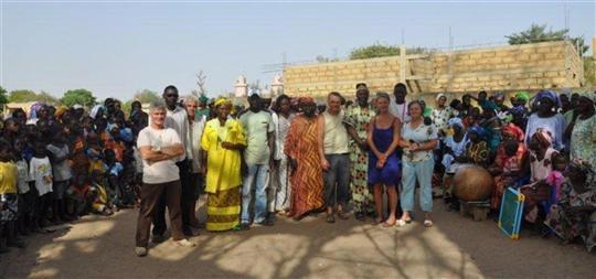 BALADES AVEC MES AMIS TOURISTES AU SENEGAL DANS CERTAINS COINS