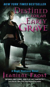chasseuse de la nuit -  tome 4: Destinée pour une première tombe