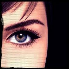 De l'eyeliner, pour des yeux de biche !