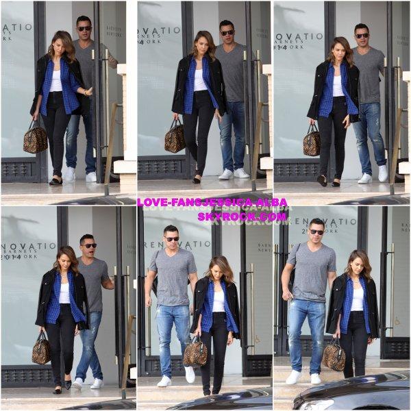 Le 15 février - Jessica Alba et Cash laissant Barney à New York et Whole Foods à Los Angeles