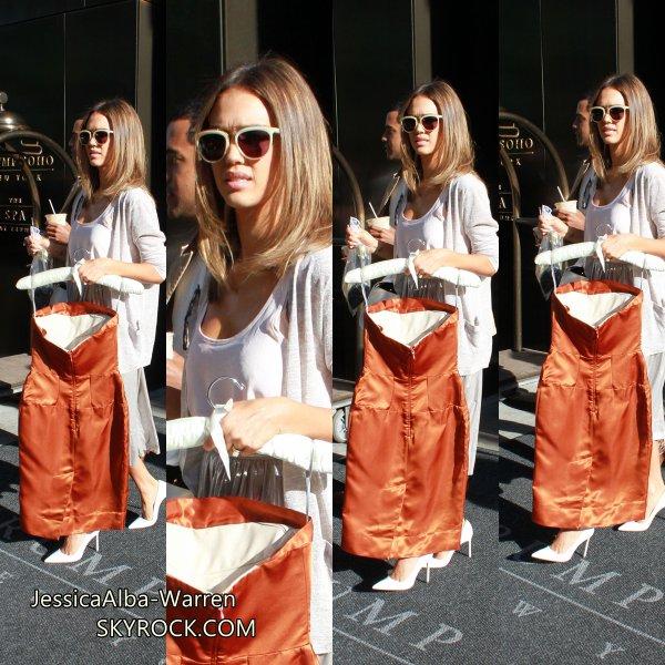 Jessica a été vu quittant Trump Soho Hôtel à New York hier et se dirigea vers Conception Women Awards .