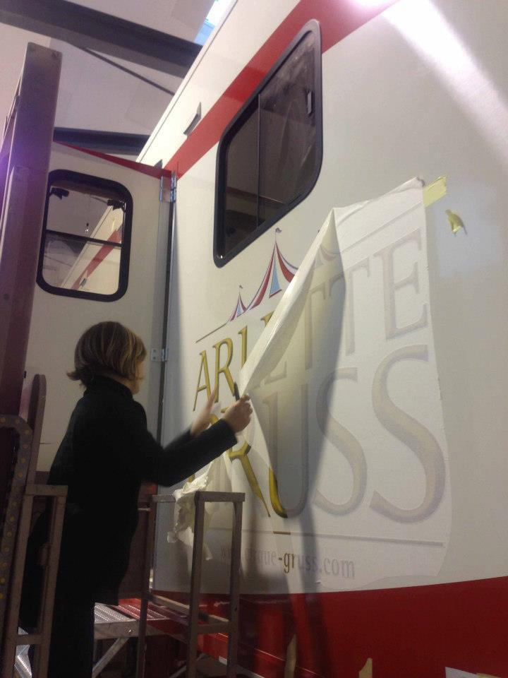 Arlette Gruss > La nouvelle semi de couchage
