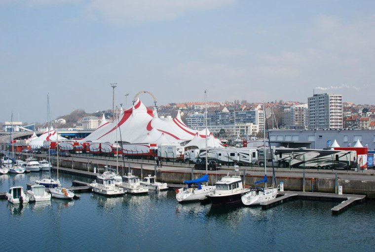 Arlette Gruss > Boulogne ce dimanche 7 avril.