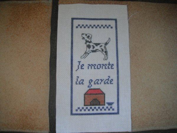 un marque page de chien.