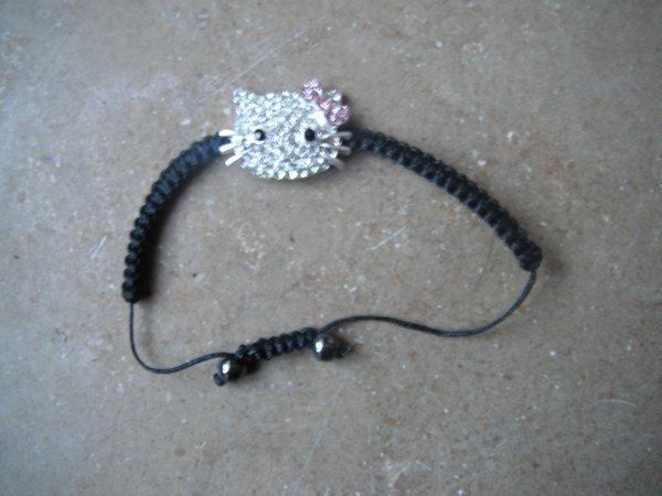 hier j'ai fait trois bracelets quand pensez vous ?