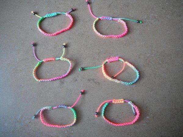 bracelet fluo.