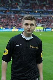 samedi 23 mon fils était au stade de France à paris trop fière de lui s est le plus jeune arbitre des vosges.