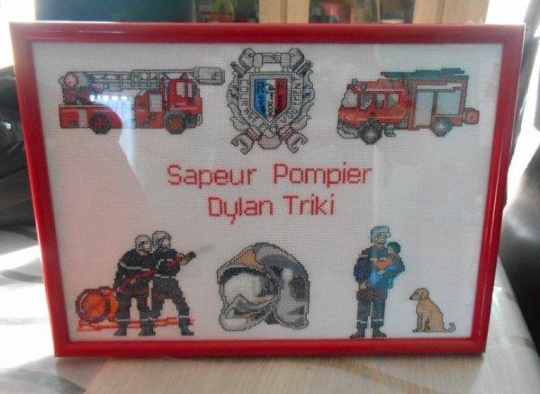 grille de pompier en cadre.