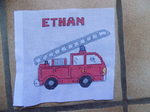 un camion de pompier pour le petit fil de ma s½ur aurore.