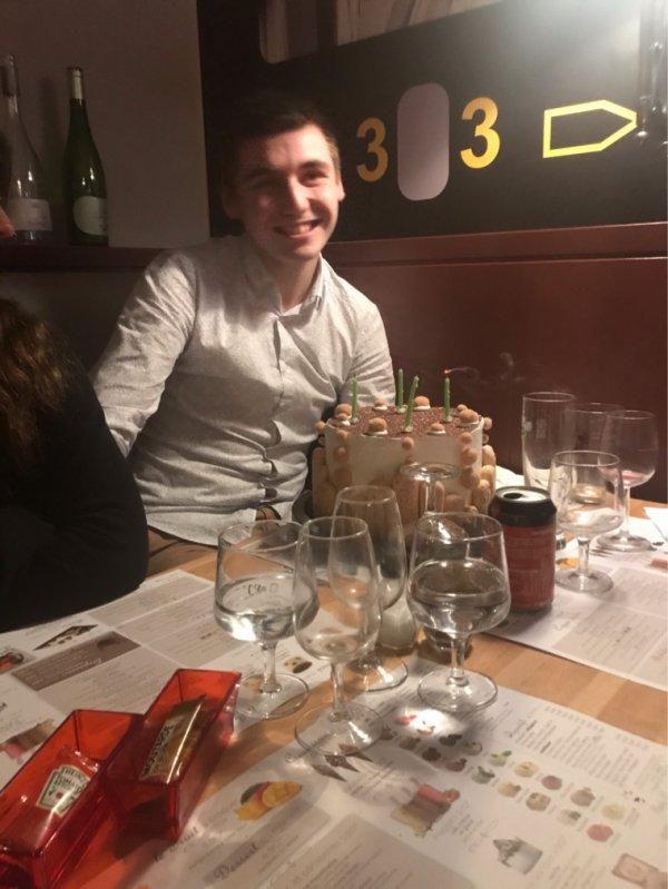 Bon anniversaire Nicolas 20 ans