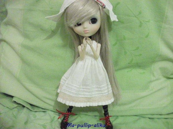 Hina avec l'outfit de Mei :3