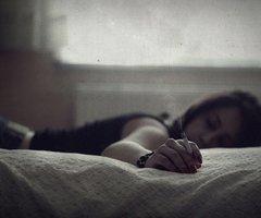 En pleine angoisse, ne perds jamais l'espoir, car la moelle la plus exquise est dans l'os le plus dur.