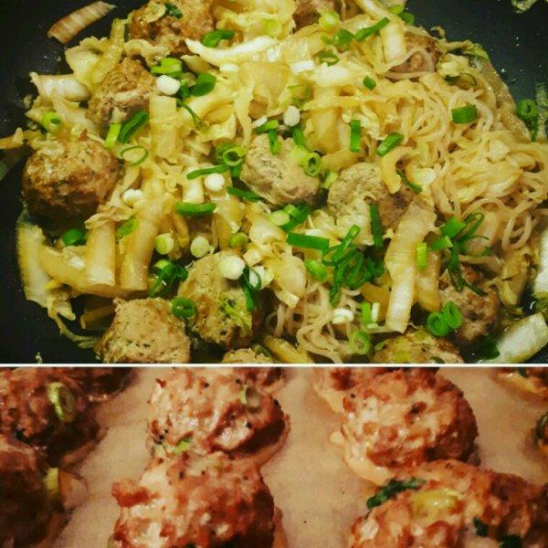 Wok de chopchoy et boulettes chinoises ;-)