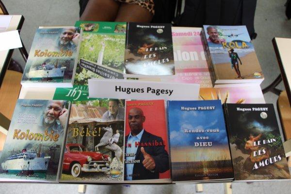 LITTERATURE: HUGUES PAGESY AU SALON DU LIVRE DE SAINT-CYR L'ECOLE LE 24 MAI 2014