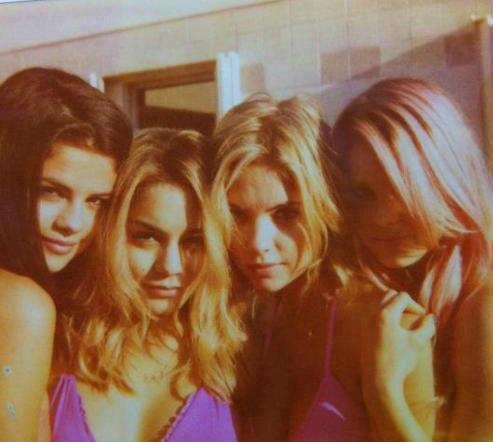 Les belles photos personnelles de Vanessa Hudgens pendant le tournage de Spring Breakers