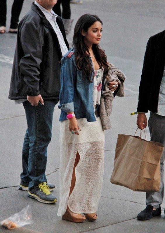 Vanessa Hudgens : elle égare sa moitié au concert de Coldplay !