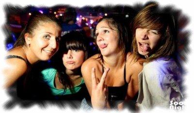 › Moi, Laura, Mégane & Jennifer ❤____