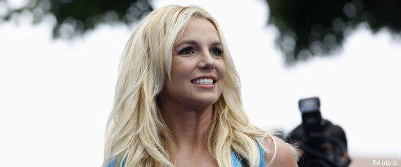 """Britney Spears pense au mariage et à la sortie de son prochain single """"Work Bitch"""""""