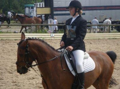 Voici des photos de Nenuphar du Marais un cheval qui me fait vivre ♥