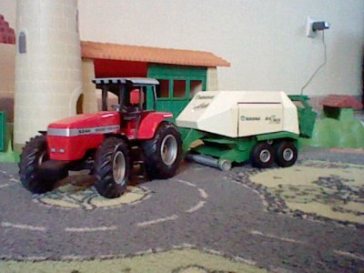 massey fergusson  9240 avec krone big pack