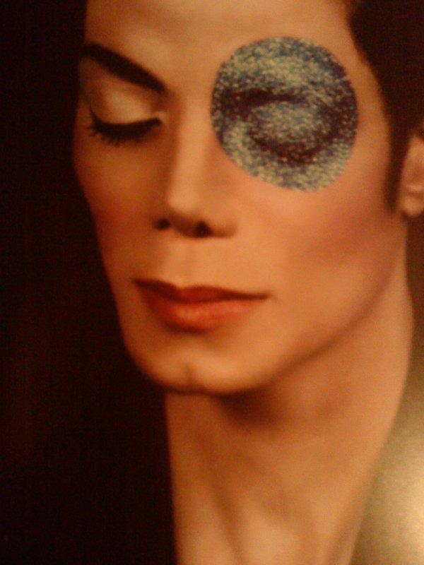 Poour un homme merveilleux , une star, une légende,le meilleur,le plus beau , le King of  pop : Michael Jackson ♥
