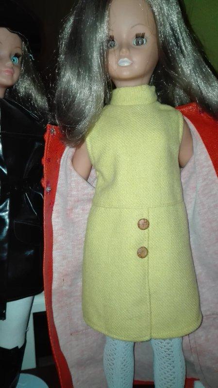 A vendre ou à échanger robe Emmanuelle pour Cathie