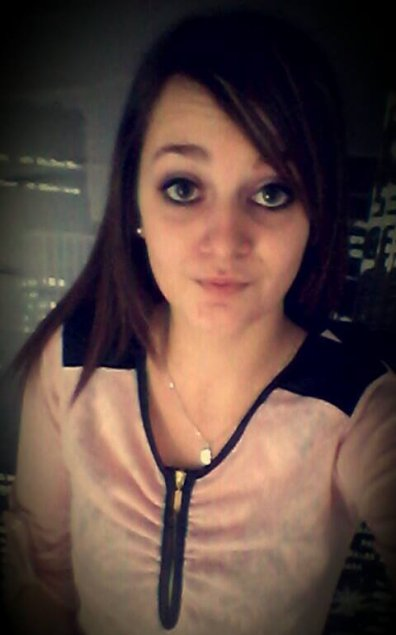 - Coralie ! #