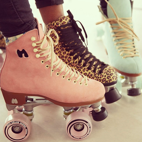 ♡ Keep calm and play rollerskating ♡