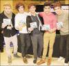 Up All Night, l'album de nos 5 garçons préférés est entré directement à la 1er place du Billboard 200 avec plus de 176 000 exemplaires vendus depuis sa sortie ( 13 mars ). Toutes mes félicitations ! Ils le méritent.
