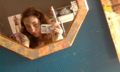 Je ne cherche pas a être parfaite ; Je le suis Déja ! :)