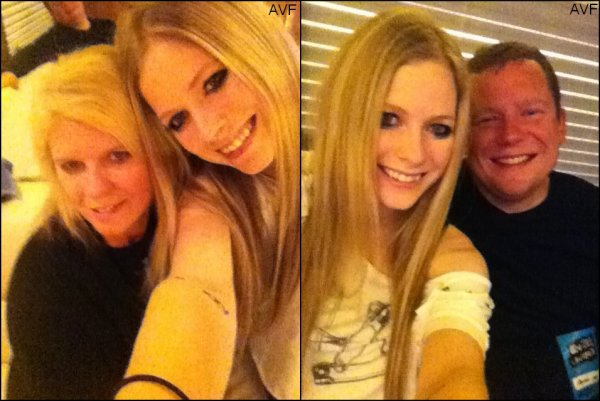 Avril et ses parents!