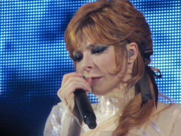 Mylène Farmer : pas de nouvel album avant 2015 !
