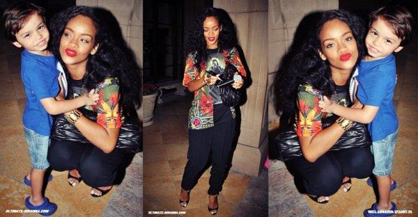 20/08/12 : Rihanna dans les rues de Beverly Hills