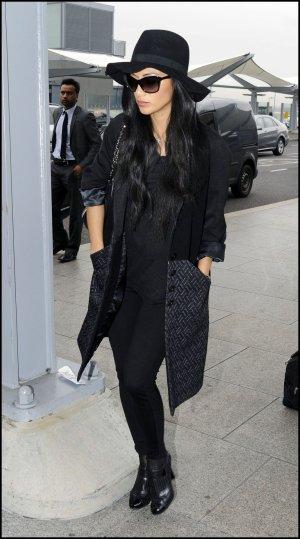 12/11/12 :Nicole Scherzinger dans les rues de Londres