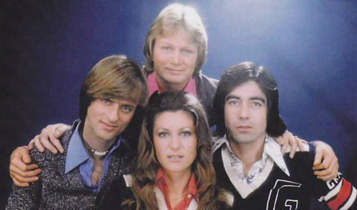 Claude et ses ami(e)s Dave , Sheila et Ringo .