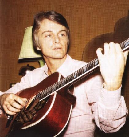 Claude et sa guitare !